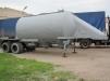 Автоцистерна для перевозки сыпучих грузов маленькая
