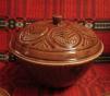 Казан керамический с тарелочками маленькая