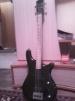 Продается бас гитара маленькая