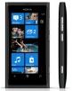 Телефон Нокия Люмия 800 маленькая