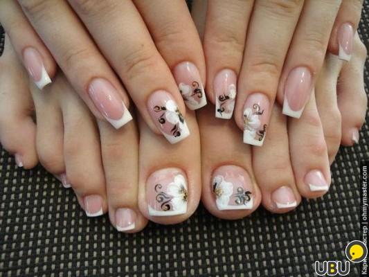 Педикюр и наращивание ногтей