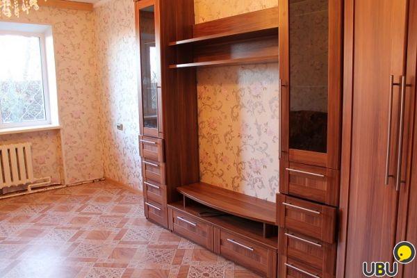 Продается прекрасная 2-комнатная квартира 42 кв м в эксклюзивном доме академии наук в эксклюзивном районе