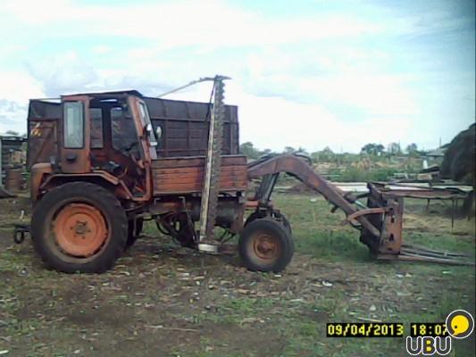 Погрузчик для сена на трактор своими руками