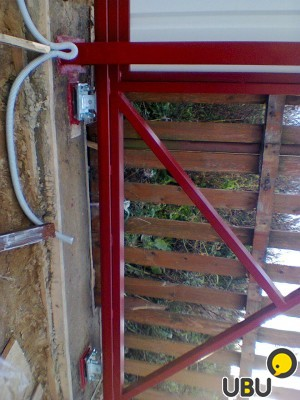 Подъемно секционные ворота купить в Питкяранте