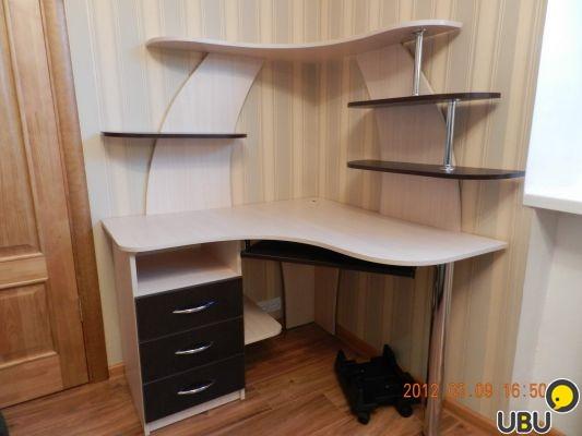 Угловые компьютерные столы дизайн
