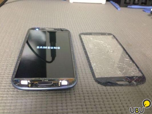 Как заменить стекло на samsung galaxy s3 i9300 видео