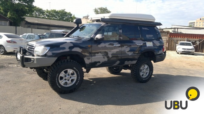 Автомобиль Toyota Land Cruiser 105 фото 12