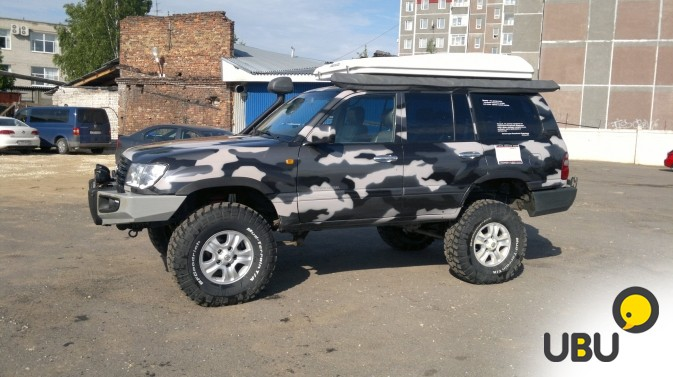 Автомобиль Toyota Land Cruiser 105 фото 2