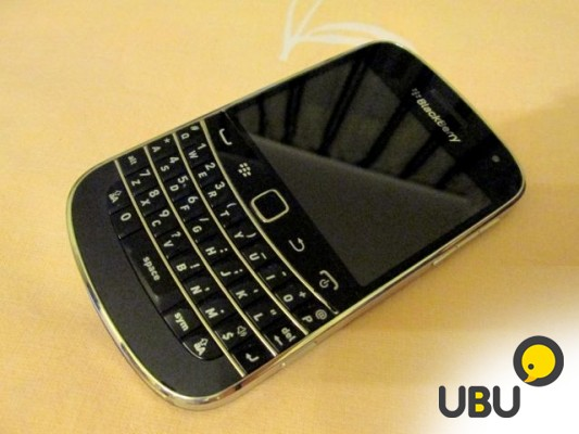 Продам BlackBerry Bold 9900 black