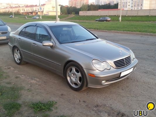 Mercedes- Benz C230 Kompressor маленькая