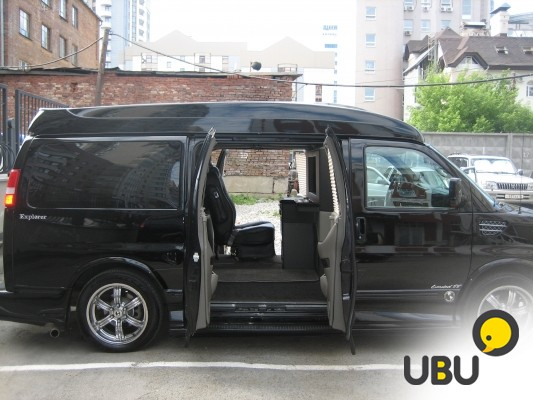 Продам Chevrolet Express Explorer фото 1