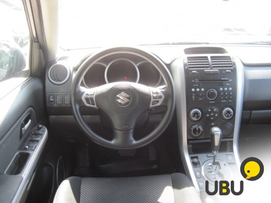Продам Suzuki Grand Vitara 2.0 AT